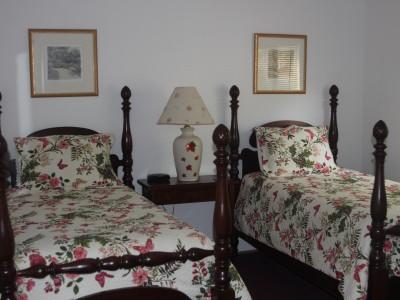 3Bedroom-Guestroom2