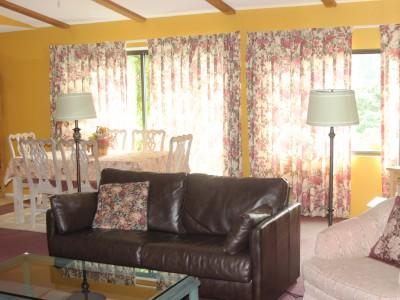 3Bedroom-Livingroom
