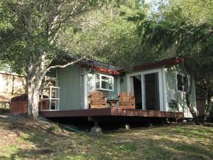 Studio Farm Cottage Rental